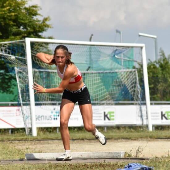 Nina Kugel